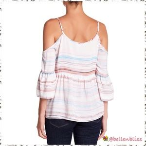 🆕 Ruffle Sleeve Cold Shoulder Blouse, Size XLarge